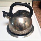 czajnik na kuchence gazowej